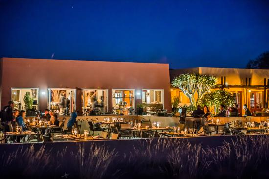 dinner-terrace-at-sossusvlei