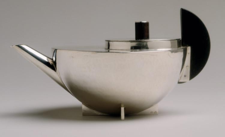 marianne brandt teapot
